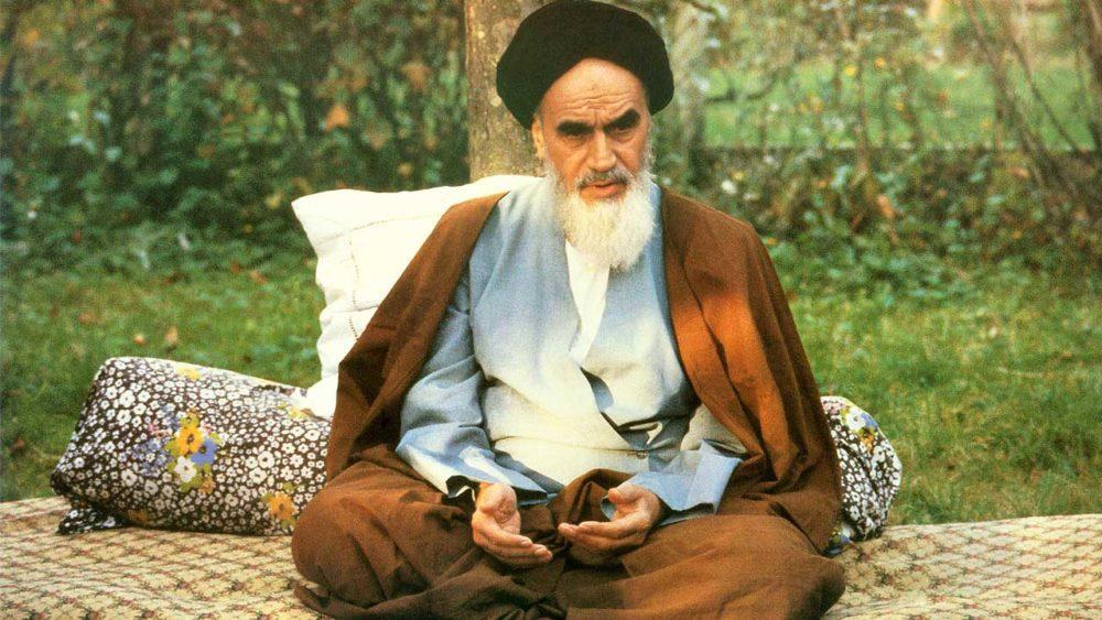 Имам Хомейни у истоков иранского гуманистического кино | Исламосфера